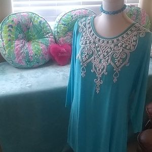 Gorgeous V Christina turquoise blue, 3/4 sleeve